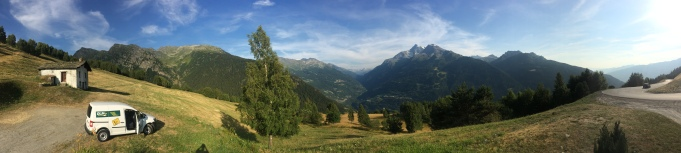 View from the road when we went to Pila with our rental car.