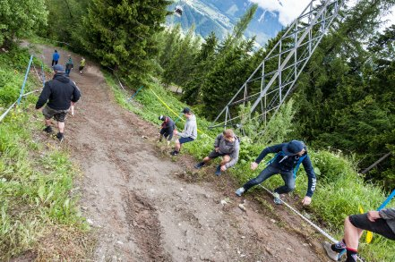 Track Walk start - Photography by Jesper Andersson. http://www.cyclingplus.se/jeppman/