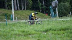 Grass section - Photography by Jesper Andersson. http://www.cyclingplus.se/jeppman/